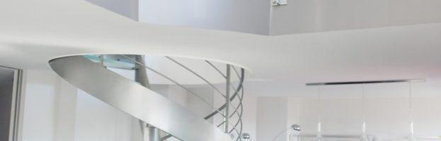 escalier hélicoidal-marches-en-verre-08